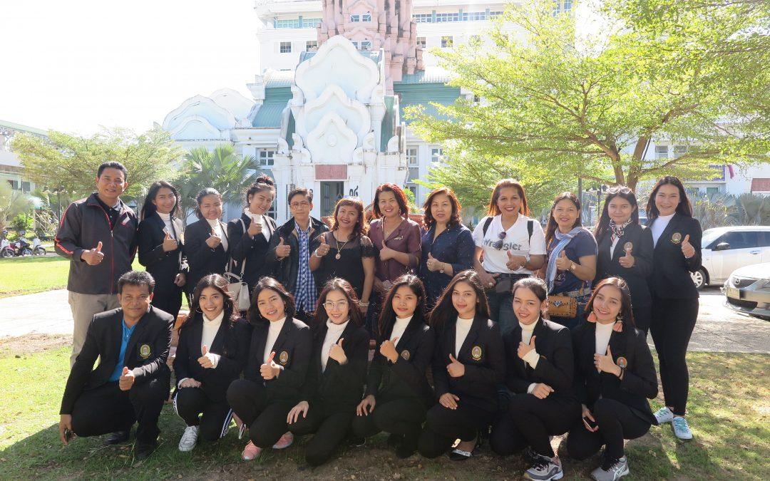 ผู้บริหารคณาจารย์ผู้ควบคุม และนักศึกษาสาขานาฏศิลป์ไปร่วมเผมแพร่ศิลปวัฒนธรรมไทยงาน Manipur Sangai Festival 2017 ณ. เมือง imphal รัฐมณีปุระ ซึ่งเป็นเทศกาลการท่องเที่ยวและวัฒนธรรมประจำปีของรัฐมณีปุระ