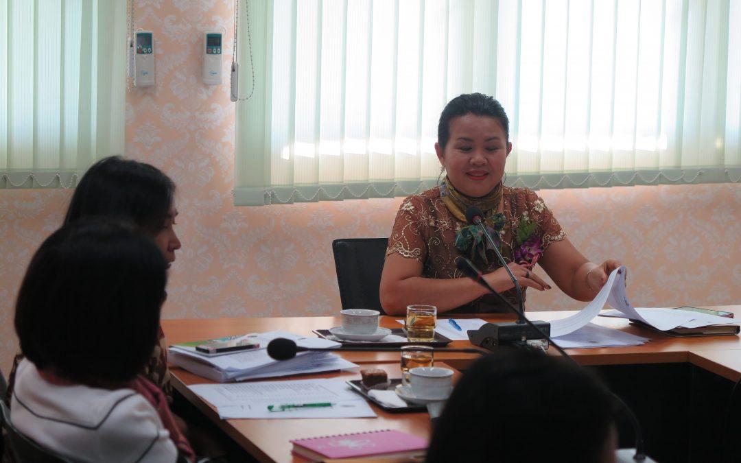การประชุมเตรียมการโครงการระดมทุนเพื่อการศึกษา และสิ่งสนับสนุนการเรียนรู้ และโครงการอบรมคุณธรรม จริยธรรมนักศึกษา ประจำปีการศึกษา 2560